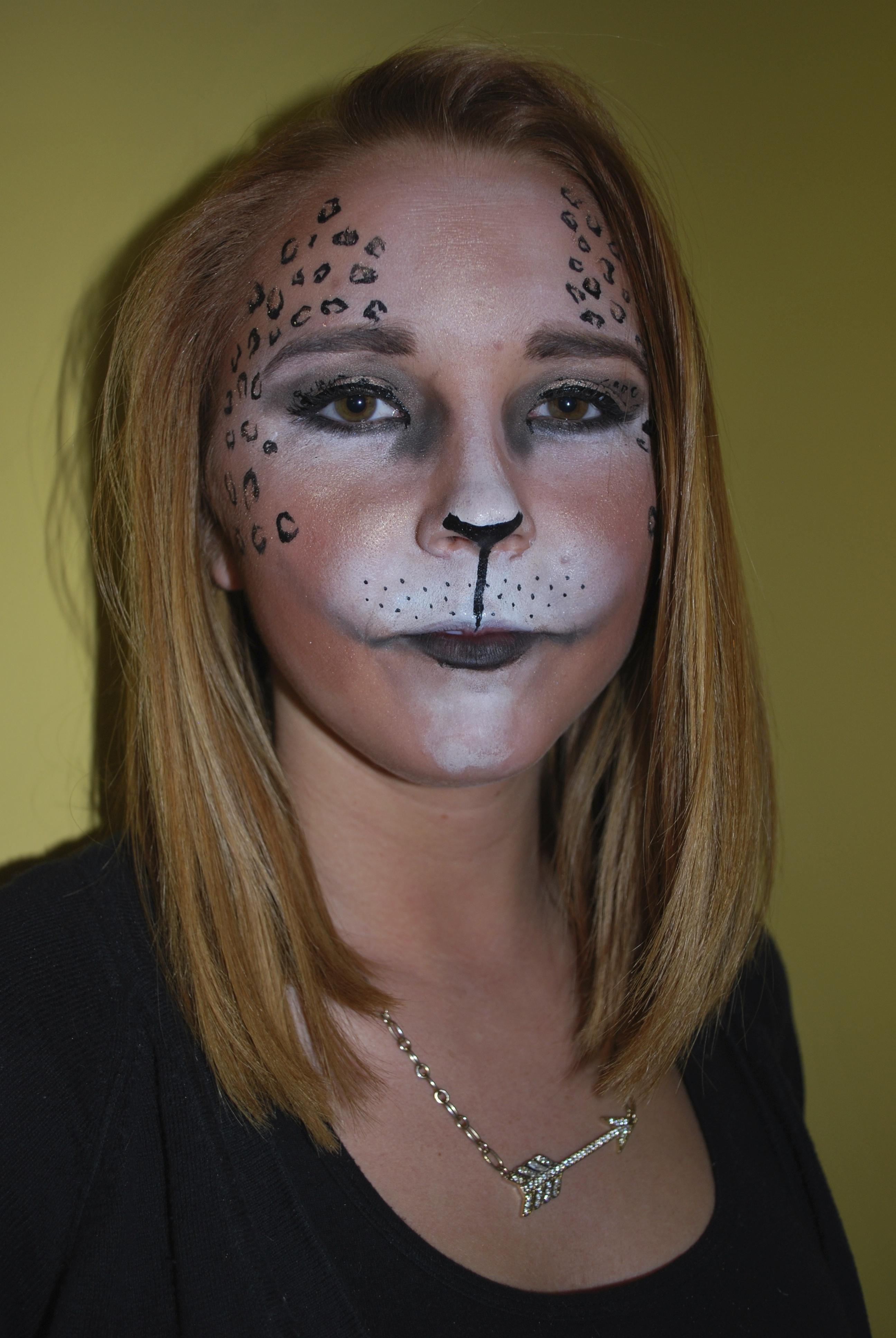 Amber's Student Rachael Hehe's leopard Halloween Makeup