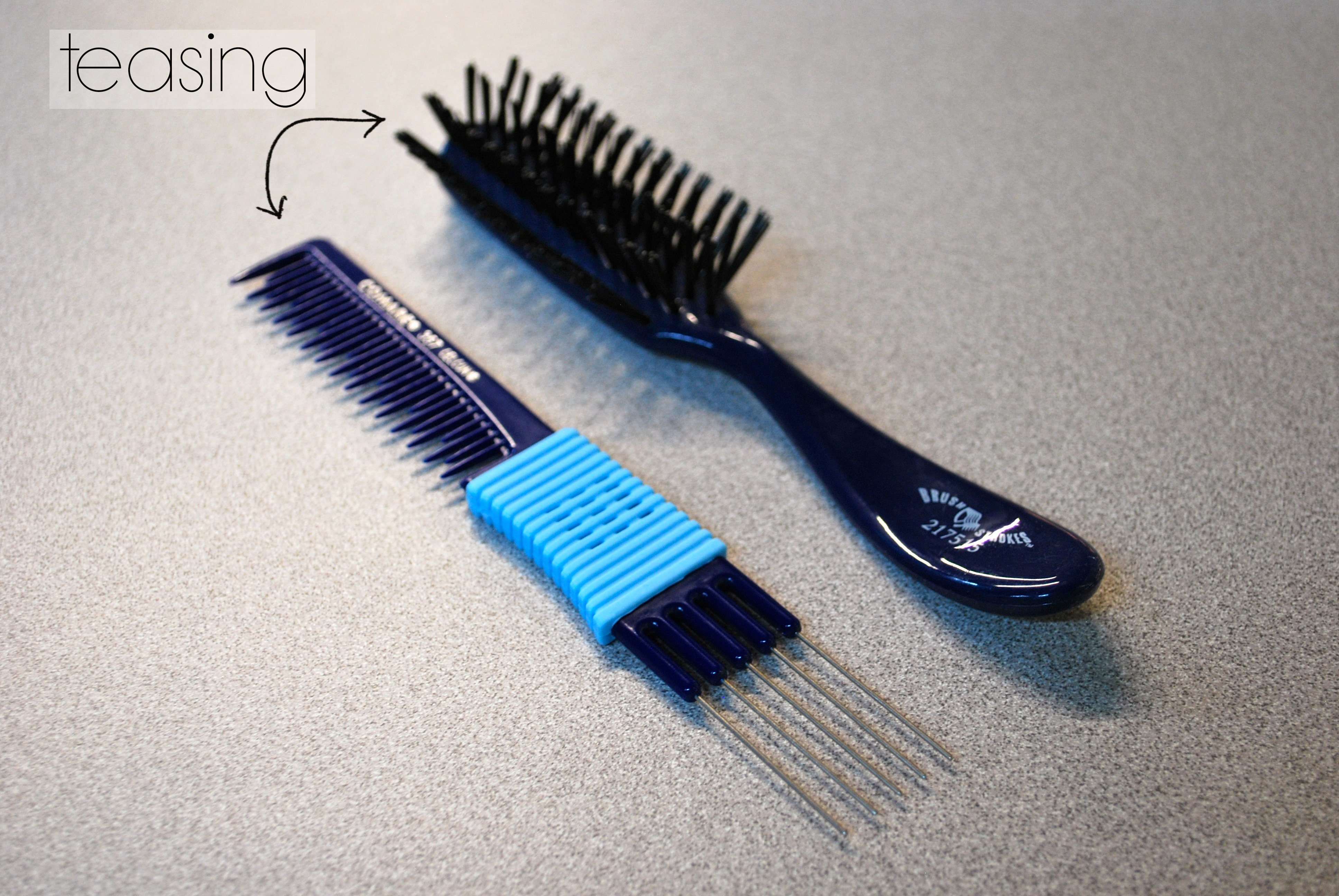 Teasing Brush & Comb